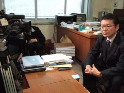 2006年12月20日(水) テレビ局の取材を受ける