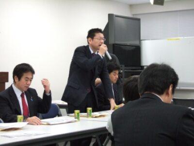 2007年12月11日(火) 民主党 総務・厚労部門合同部門会議に出席