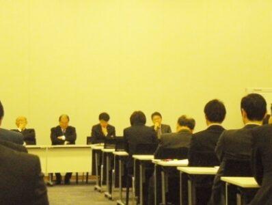 2011年12月12日(月) 税制調査会・社会保障と税の一体改革調査会合同総会が開催