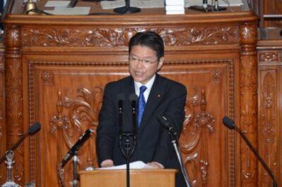 本会議で野田総理に代表質問