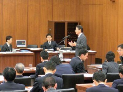 2013年11月27日(水) 厚生労働委員会で質疑