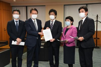 休業支援金・給付金の申請締切の延長等を求め、田村厚労大臣に申し入れ